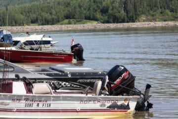 Fishing boats on Dinosaur Lake