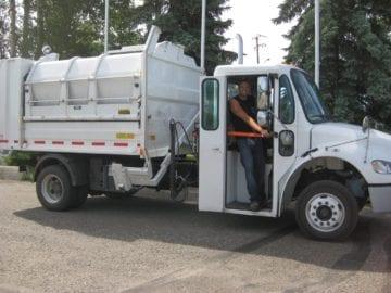 garbage truck (1)